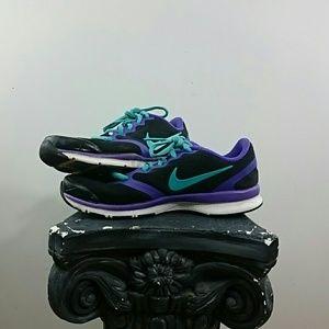 Nike Crosstrainers Purple and Black Ladies Sz 6